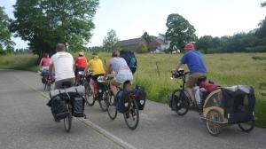 1ère balade d'une future assoc' cyclo : Bruxelles-Liernu pour se rendre à l'Assemblée des sorcières et sorciers au Ritabaga, ferme de permaculture !